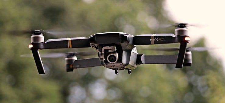 ¿Cómo hacer volar un DRONE sin incumplir la NORMATIVA?
