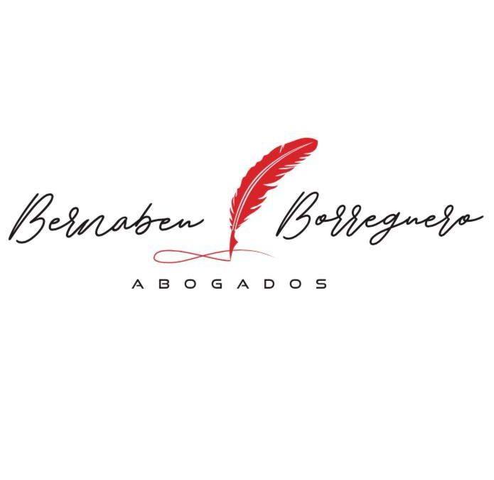 """""""Hagan lo que hagan, PRIMERO, pregúntenle a un buen abogado"""":                https://vegabajadigital.com/listings/bernabeu-borregero/"""